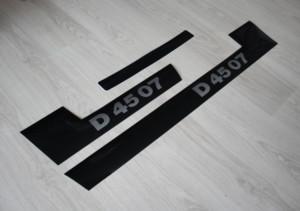 Deutz D4507 Aufkleber silber Motorhaube 07 Baureihe