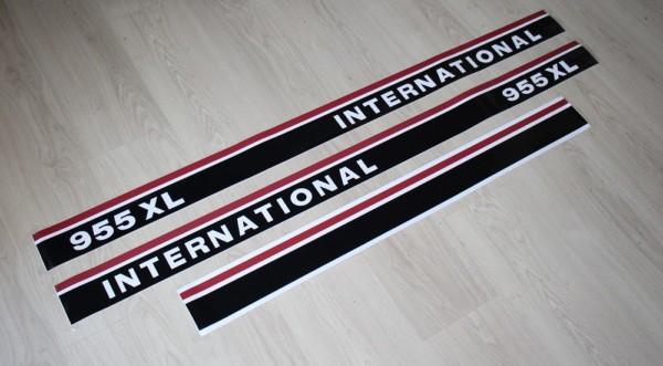 IHC Aufkleber International 955XL
