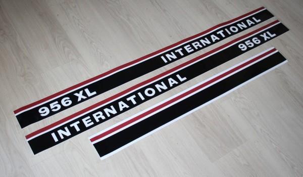 IHC Aufkleber International 956XL