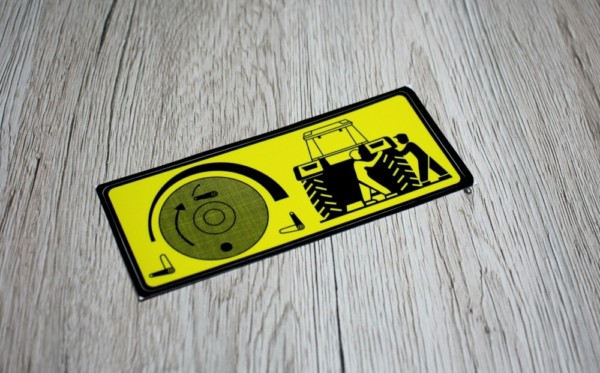 k IHC Warnaufkleber Reifen